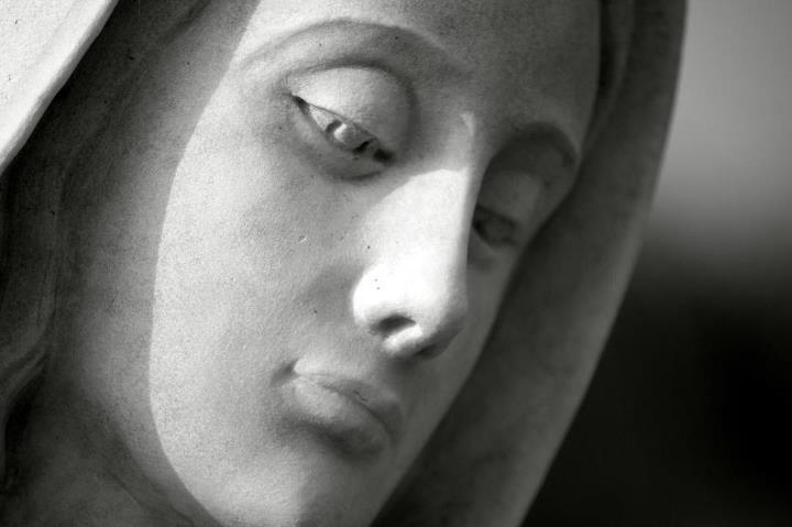 Virgin Mary Statue4